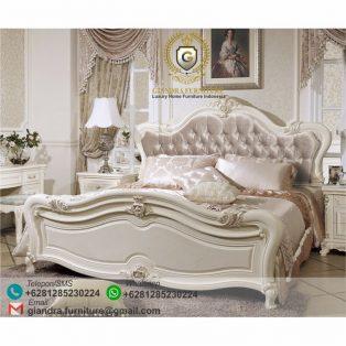 Tempat Tidur Klasik Mewah Resna